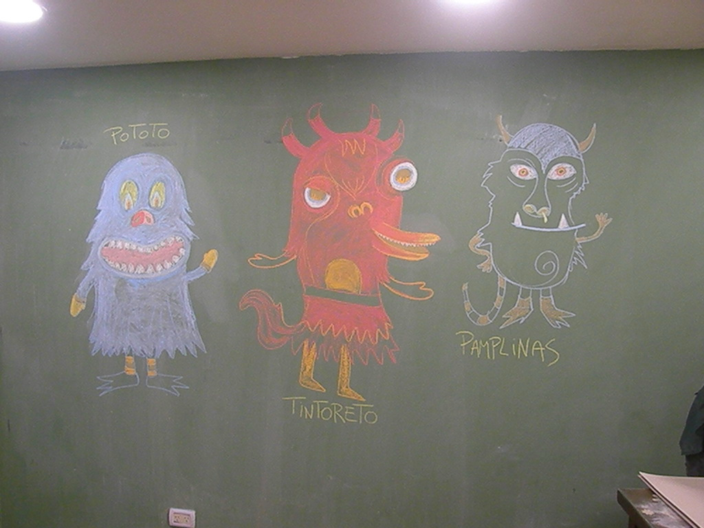 """Los chicos de 1° B dibujaron los monstruos de """"Pototo 3 veces monstruo"""""""