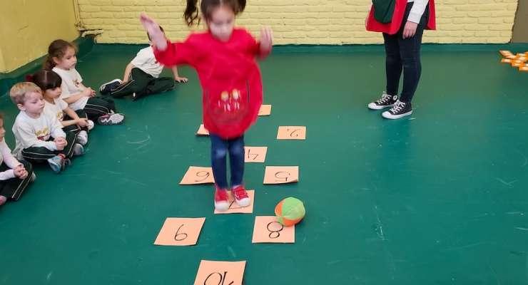 Los Giraffes recorrieron un circuito con diferentes actividades matemáticas