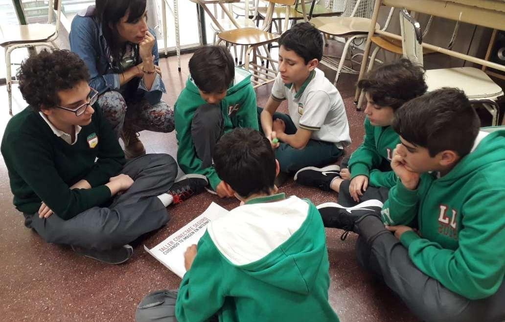 """Los alumnos de 7º A participaron del taller """"Conectate Seguro"""""""