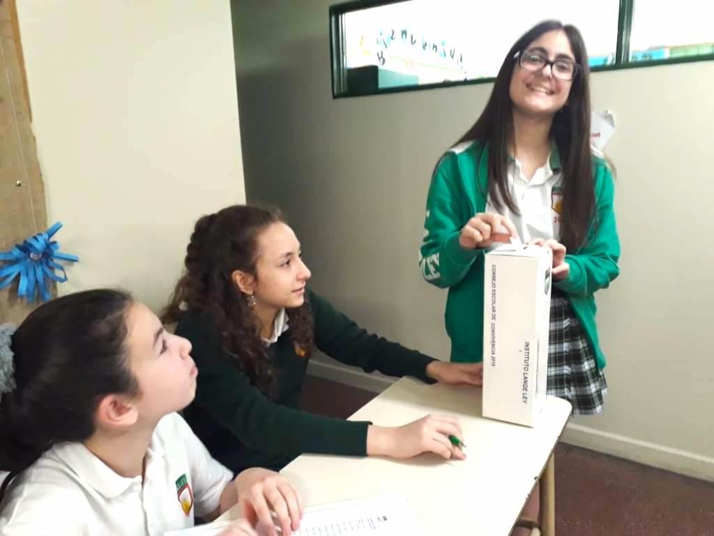 En 7° grado votaron representantes para el Consejo Escolar de Convivencia