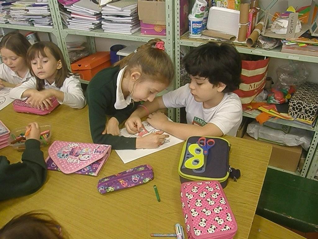 Los chicos de 1º C preparan una clase abierta