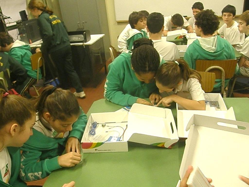 Los alumnos de 7º A tuvieron clase de robótica