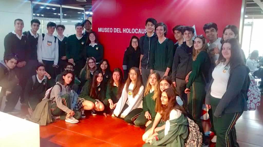 4º año visitó el Museo del Holocausto