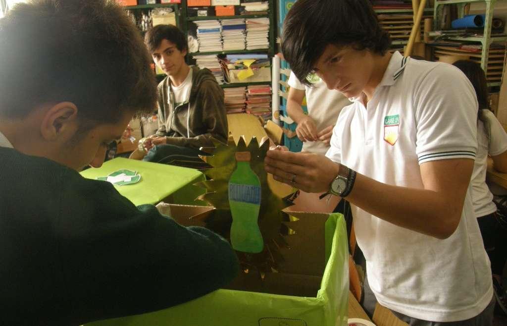 4º Año diseñó la señalización para separar los residuos en la escuela