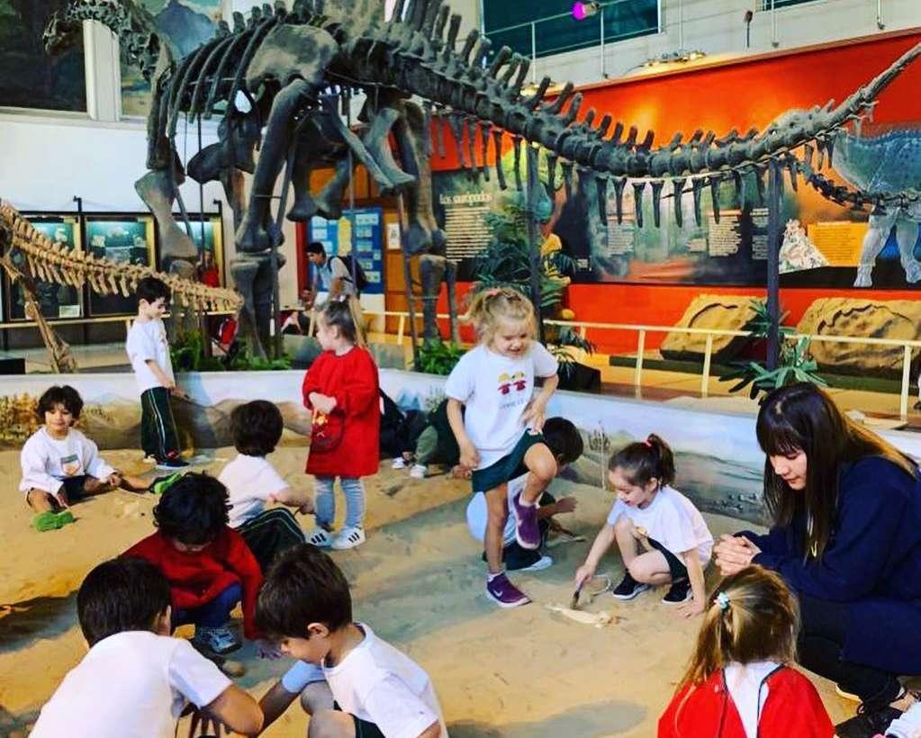 Kinder 4 visitó el museo de Ciencias Naturales