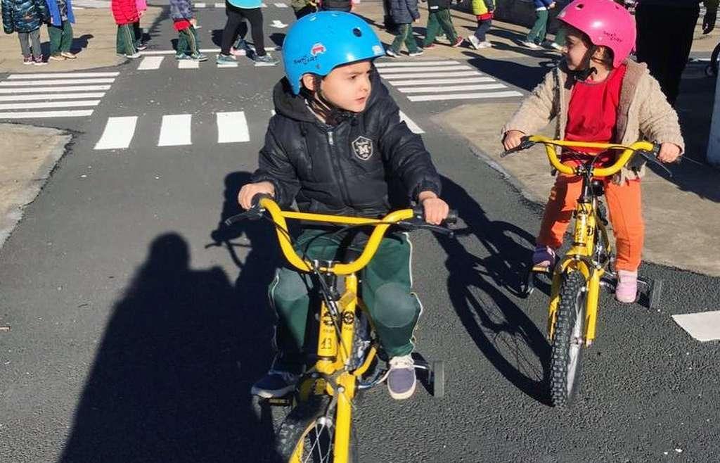 Kinder 4 visitó el Parque Vial