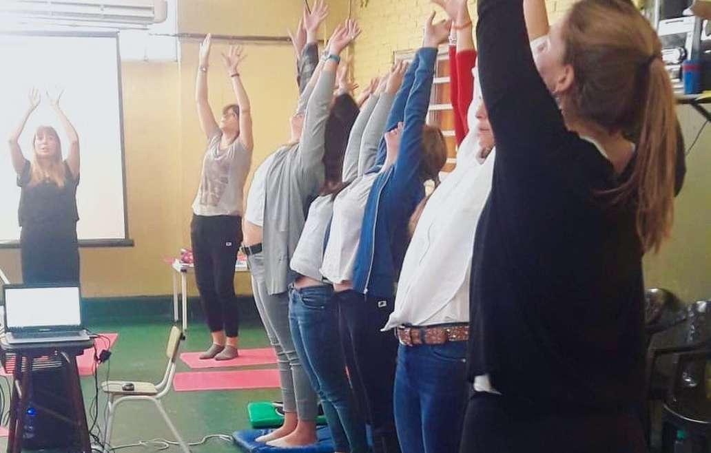 Capacitación en Yoga para los docentes de Nivel Inicial