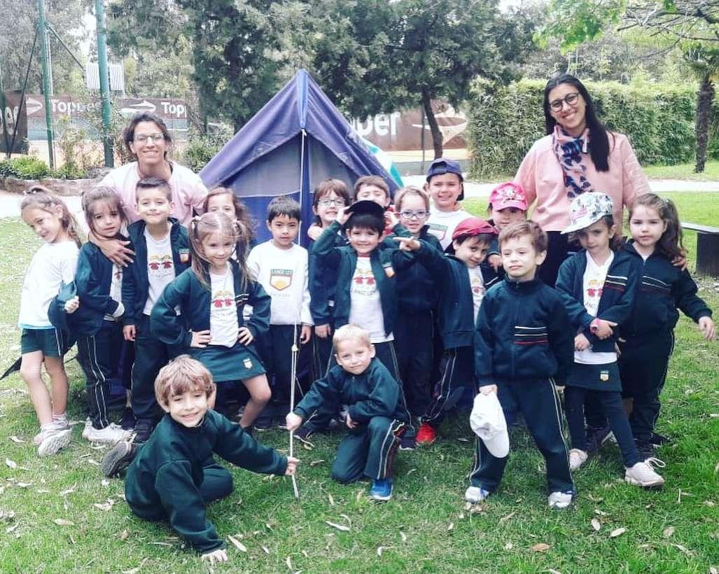 Kinder 5 realizó una actividad pre capamentil en Parque Norte